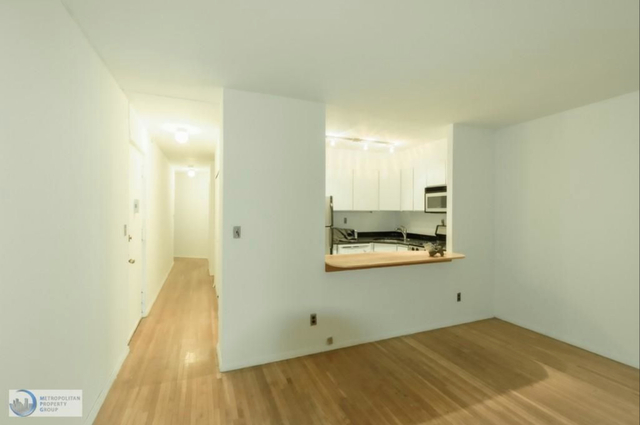 3 Bedrooms, Chelsea Rental in NYC for $4,500 - Photo 2