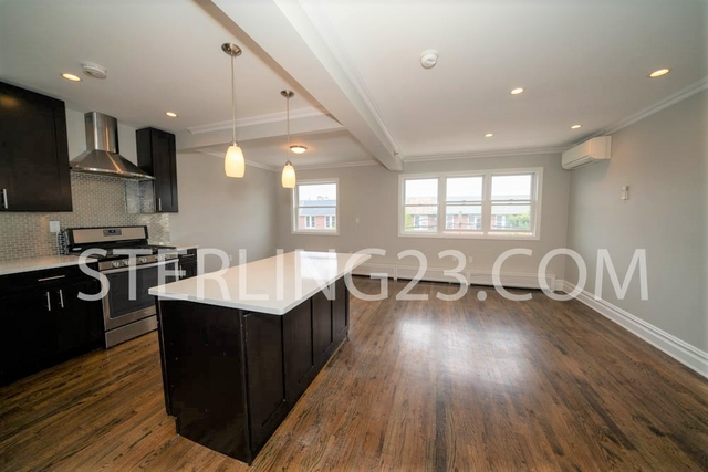 3 Bedrooms, Astoria Rental in NYC for $3,000 - Photo 2