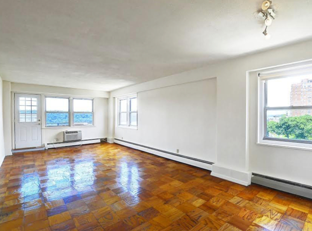 2 Bedrooms, Hudson Heights Rental in NYC for $2,079 - Photo 2