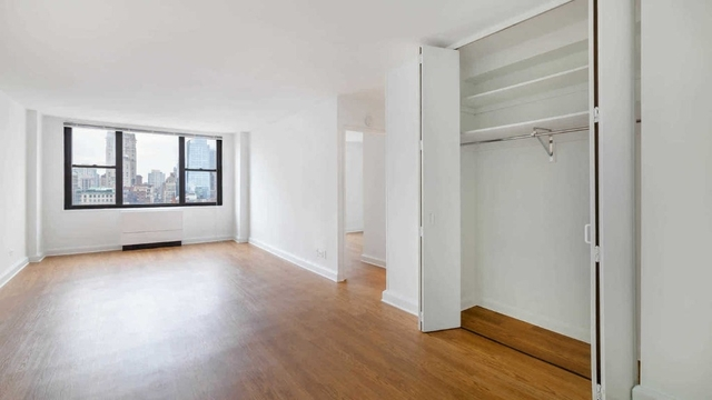 3 Bedrooms, Rose Hill Rental in NYC for $6,650 - Photo 1