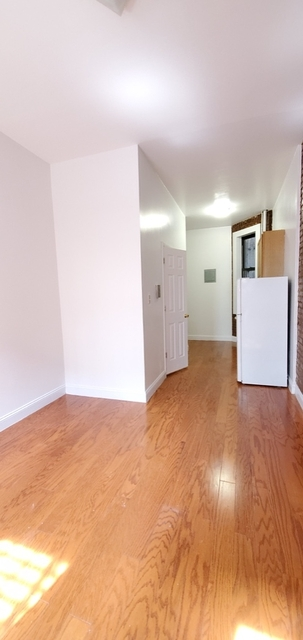 1 Bedroom, Hell's Kitchen Rental in NYC for $2,097 - Photo 2