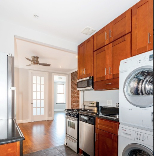 3 Bedrooms, Gramercy Park Rental in NYC for $5,475 - Photo 2