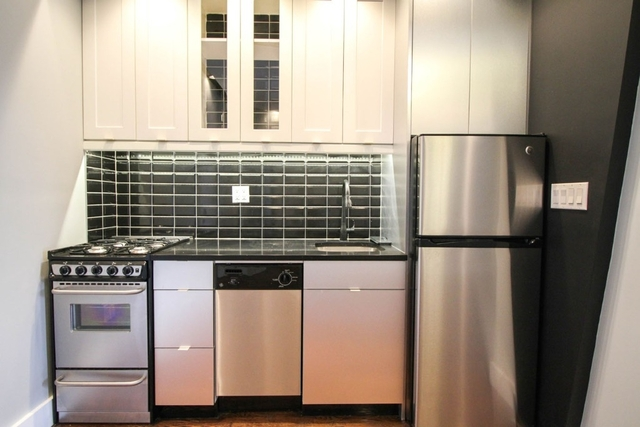 4 Bedrooms, Bedford-Stuyvesant Rental in NYC for $3,248 - Photo 2