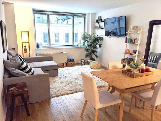 1 Bedroom, Financial District Rental in NYC for $3,815 - Photo 2
