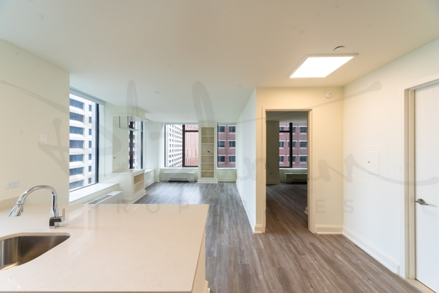 2 Bedrooms, Financial District Rental in NYC for $5,133 - Photo 2