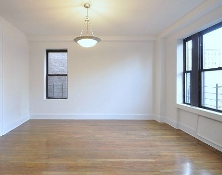 3 Bedrooms, Upper East Side Rental in NYC for $5,795 - Photo 2