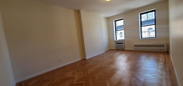 1 Bedroom, Yorkville Rental in NYC for $2,803 - Photo 2