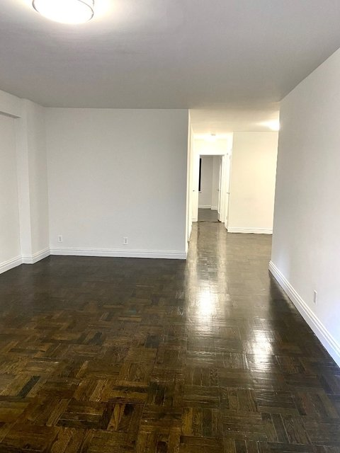 2 Bedrooms, Sutton Place Rental in NYC for $4,950 - Photo 2