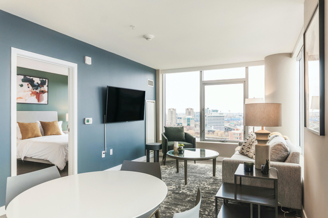 1 Bedroom, Theater District Rental in NYC for $4,474 - Photo 1