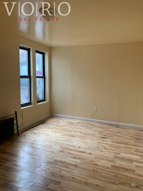3 Bedrooms, Fort George Rental in NYC for $2,100 - Photo 2