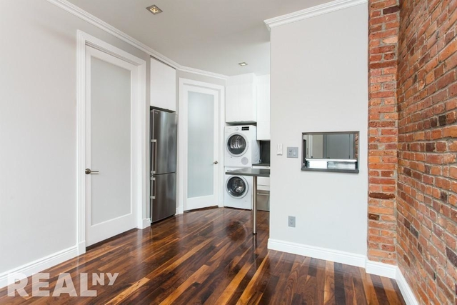 2 Bedrooms, NoLita Rental in NYC for $4,887 - Photo 2