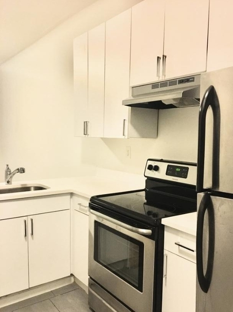Studio, Carnegie Hill Rental in NYC for $2,000 - Photo 2