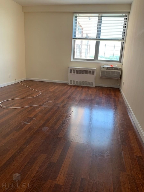 2 Bedrooms, Rego Park Rental in NYC for $3,220 - Photo 1