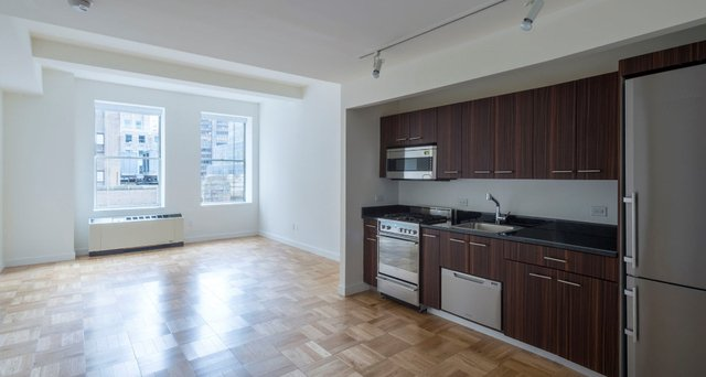 Studio, Financial District Rental in NYC for $2,363 - Photo 2