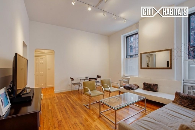 3 Bedrooms, Chelsea Rental in NYC for $7,400 - Photo 2