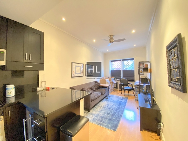 1 Bedroom, West Village Rental in NYC for $4,575 - Photo 2