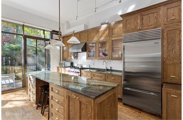 3 Bedrooms, Chelsea Rental in NYC for $10,900 - Photo 1