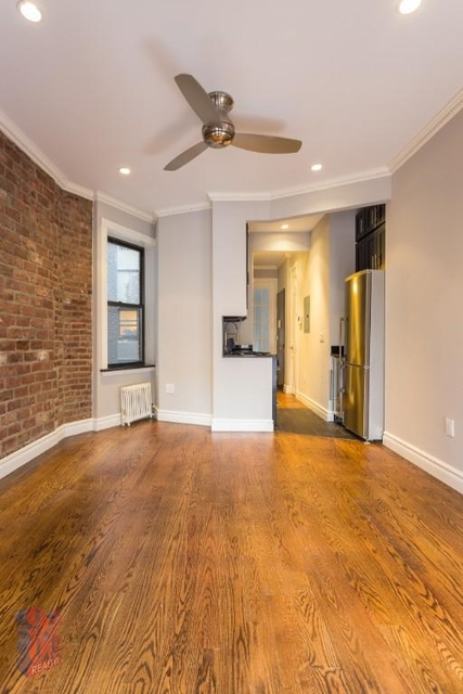 2 Bedrooms, Alphabet City Rental in NYC for $3,285 - Photo 1