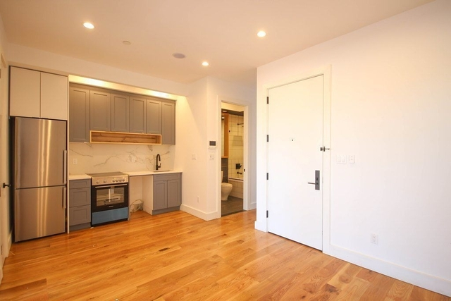 3 Bedrooms, Bedford-Stuyvesant Rental in NYC for $3,306 - Photo 2