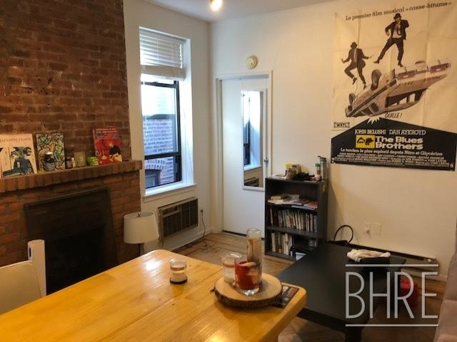 2 Bedrooms, Cobble Hill Rental in NYC for $2,895 - Photo 2