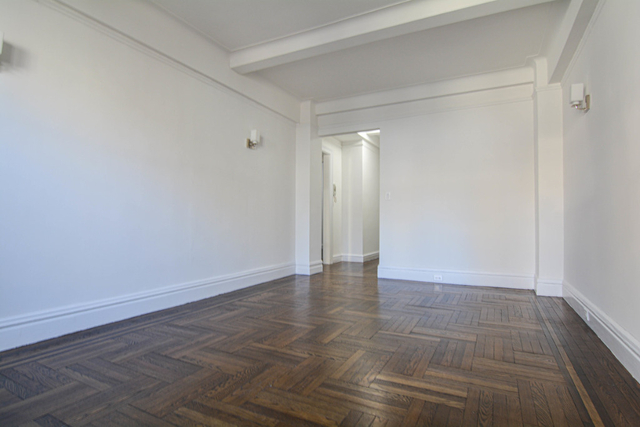 1 Bedroom, Lincoln Square Rental in NYC for $3,620 - Photo 2