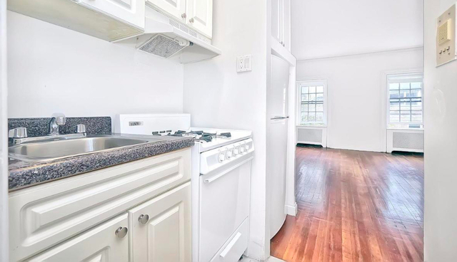 Studio, Lenox Hill Rental in NYC for $2,291 - Photo 2