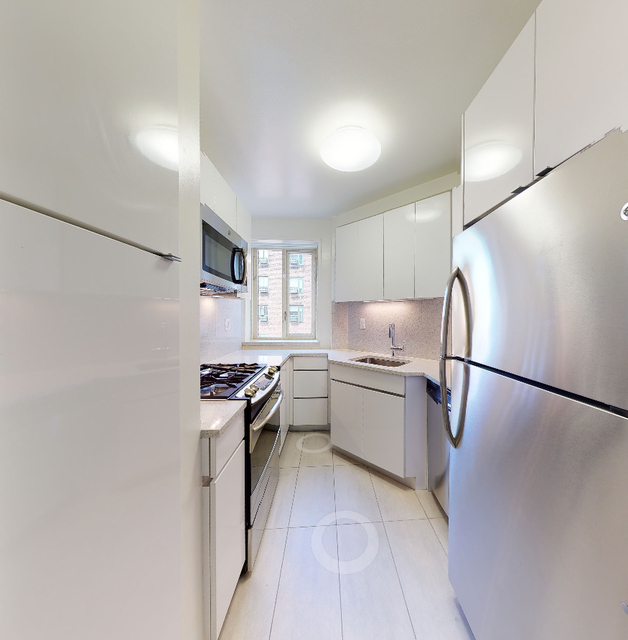 1 Bedroom, Alphabet City Rental in NYC for $3,415 - Photo 2