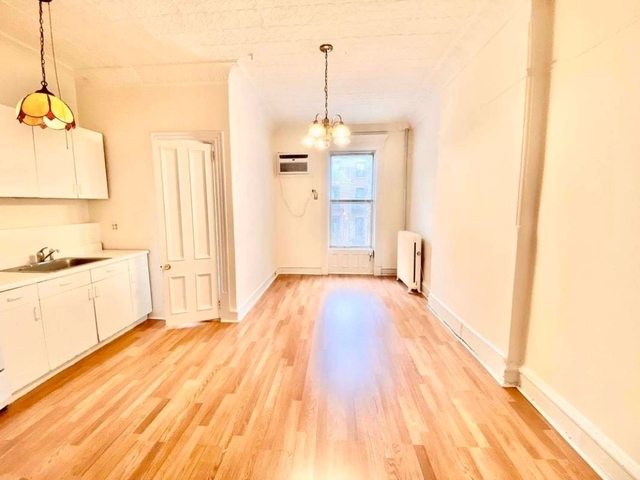 Studio, Carroll Gardens Rental in NYC for $2,250 - Photo 1