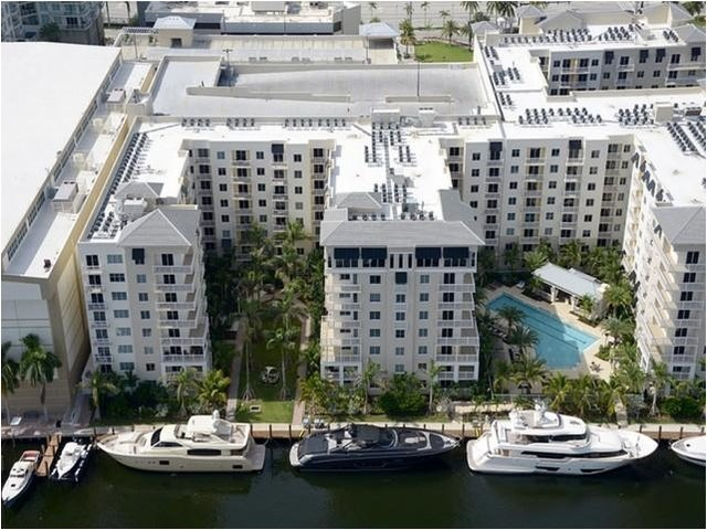 2 Bedrooms, Harbordale Rental in Miami, FL for $2,550 - Photo 2