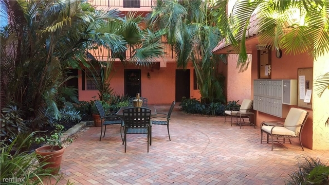 2 Bedrooms, South Middle River Rental in Miami, FL for $1,300 - Photo 2