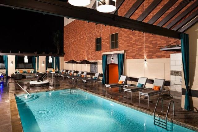 2 Bedrooms, Westwood Rental in Los Angeles, CA for $4,637 - Photo 2