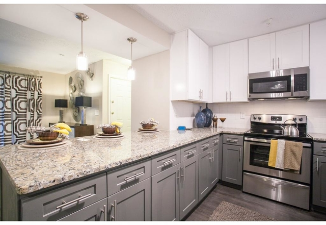 2 Bedrooms, Smyrna Rental in Atlanta, GA for $1,177 - Photo 2