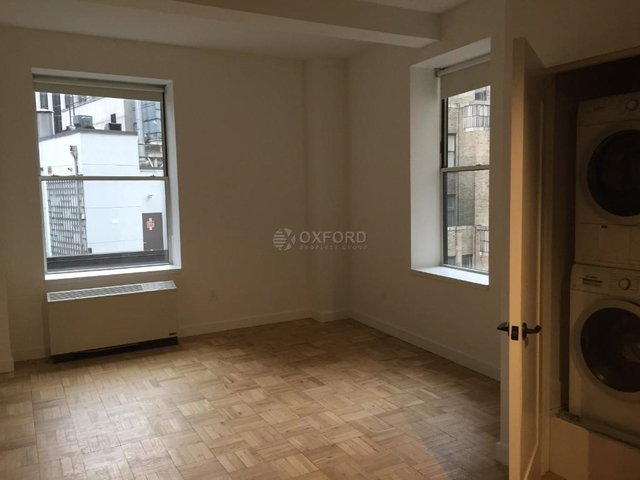 Room, Financial District Rental in NYC for $1,549 - Photo 1