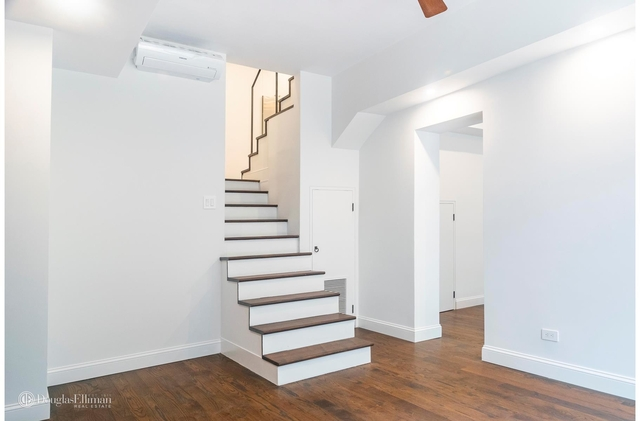 2 Bedrooms, West Village Rental in NYC for $11,150 - Photo 2