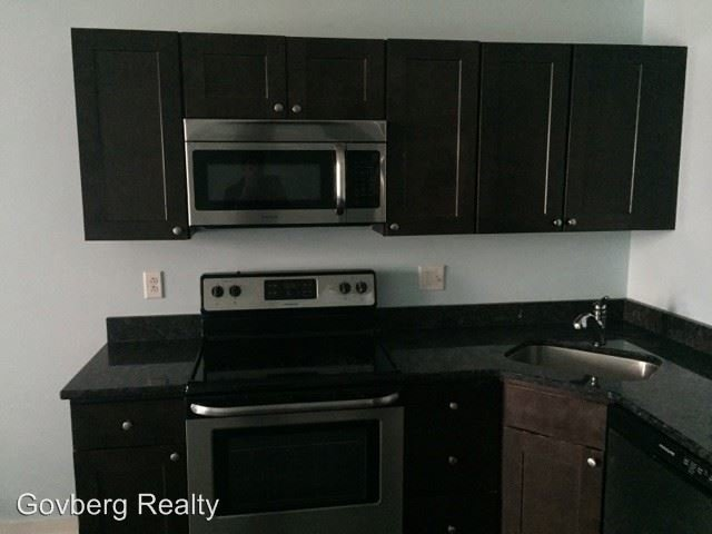 6 Bedrooms, Avenue of the Arts North Rental in Philadelphia, PA for $3,000 - Photo 1
