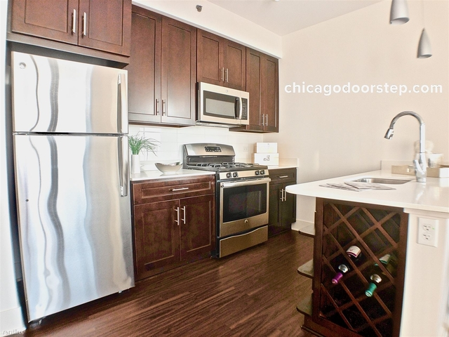 1 Bedroom, Goose Island Rental in Chicago, IL for $2,315 - Photo 2