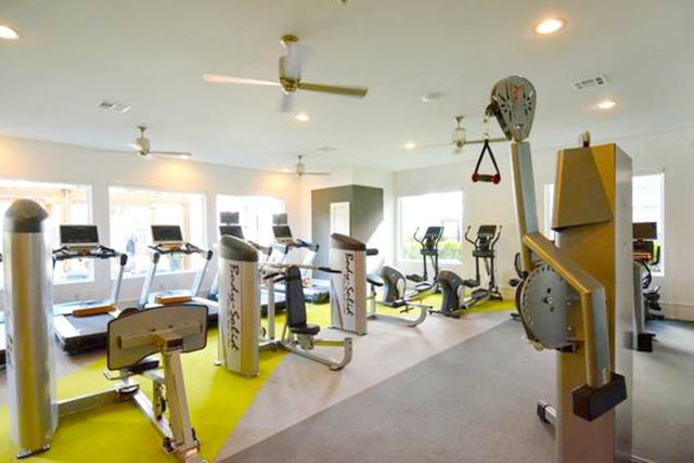 1 Bedroom, Downtown Houston Rental in Houston for $1,320 - Photo 2