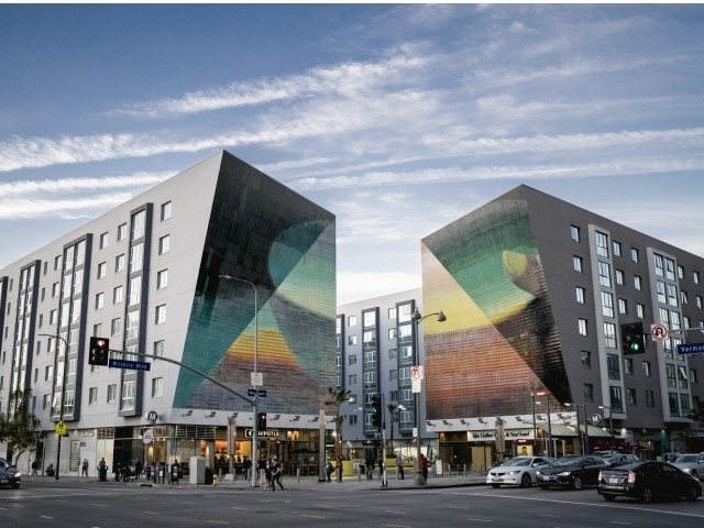 2 Bedrooms, Wilshire Center - Koreatown Rental in Los Angeles, CA for $2,822 - Photo 1