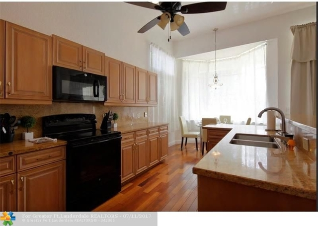 3 Bedrooms, Hollywood Lakes Rental in Miami, FL for $5,000 - Photo 1