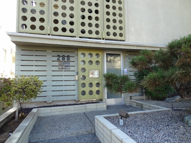 1 Bedroom, Playhouse District Rental in Los Angeles, CA for $1,695 - Photo 2