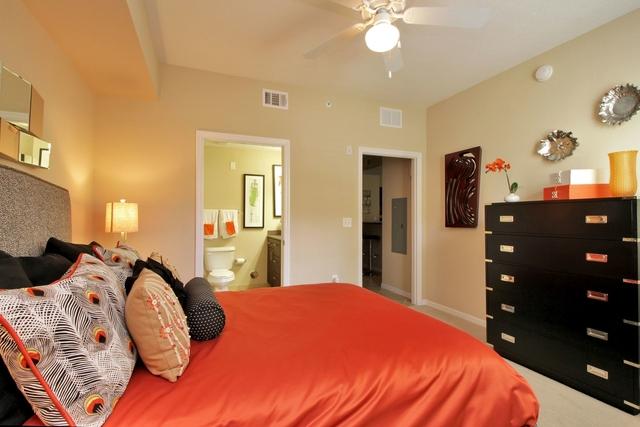 2 Bedrooms, Miramar Rental in Miami, FL for $1,940 - Photo 1