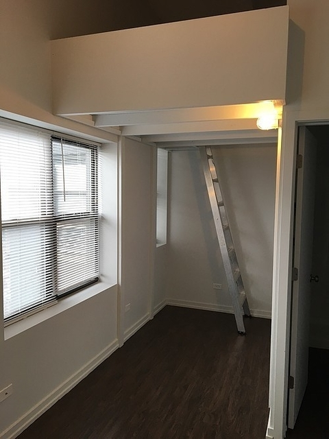 2BR at 5718 N Winthrop Ave - Photo 5