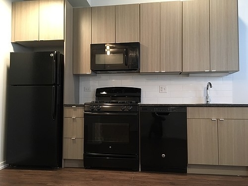 2BR at 5051 N Kenmore Ave - Photo 6