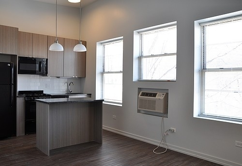 2BR at 5051 N Kenmore Ave - Photo 8