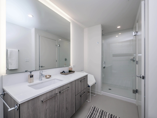 1BR at 730 W Couch Pl - Photo 15