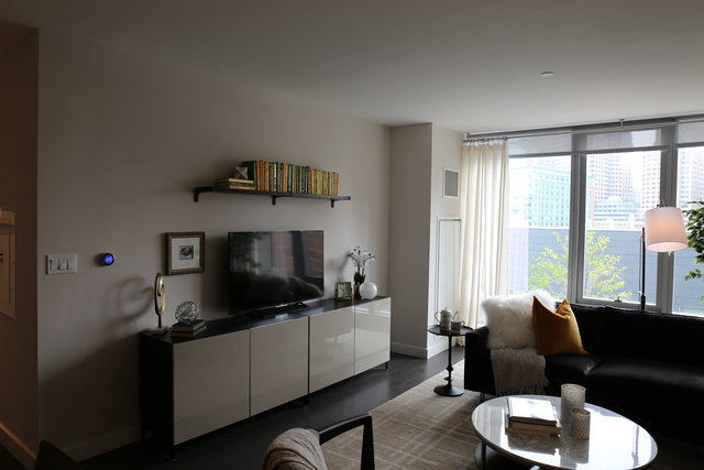 1 Bedroom, Seaport District Rental in Boston, MA for $3,977 - Photo 1