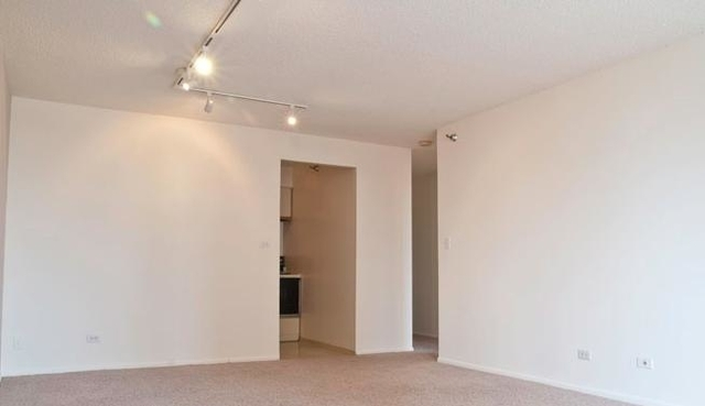 3 Bedrooms, Near North Side Rental in Chicago, IL for $3,647 - Photo 2