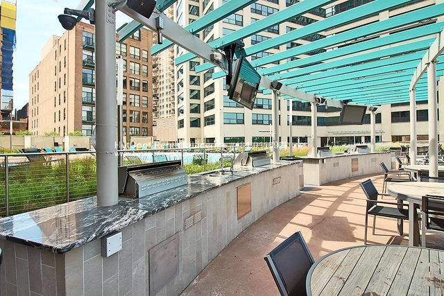 2 Bedrooms, South Loop Rental in Chicago, IL for $2,750 - Photo 2
