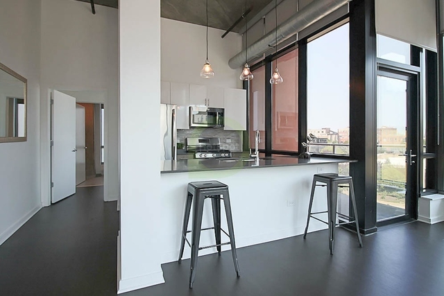 2 Bedrooms, Fulton River District Rental in Chicago, IL for $3,434 - Photo 2