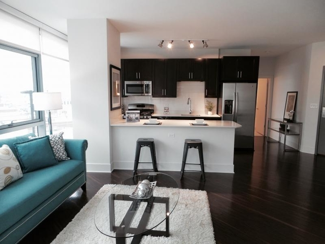 1 Bedroom, Goose Island Rental in Chicago, IL for $2,514 - Photo 2
